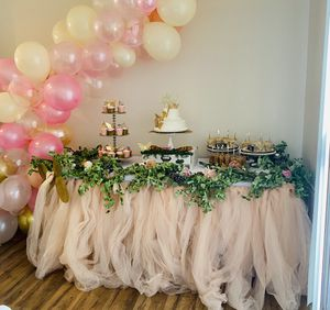 Blush tulle table skirt for sale for Sale in Los Angeles, CA