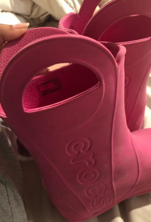 Pink crocs rain boots size 4.5 for Sale in Boston, MA