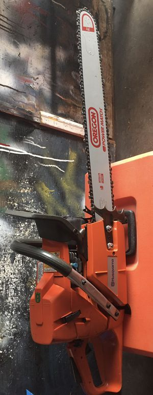 "Husqvarna 372xp, 70.7 cc chainsaw with new 24"" bar and chain. Runs excellent for Sale in Redlands, CA"