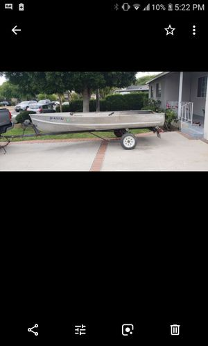 Crestline 14ft boat with trailor 650 for Sale in El Monte, CA