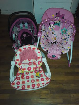 2 bouncer and 1 infant car seat for Sale in Niles, MI