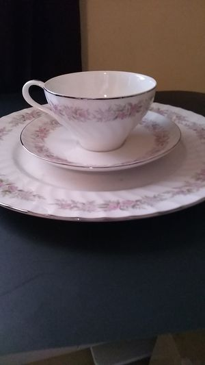 Vintage China for Sale in Kinston, NC
