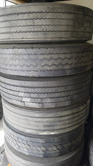 Semi truck tires used, ONLY low pro 22.5 and 11r 22.5 for Sale in Tampa, FL