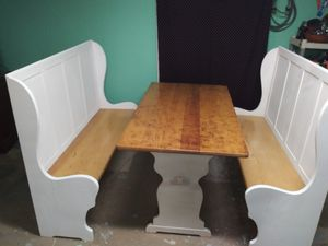 Real wood Table with bench seats for Sale in Lake Wylie, SC