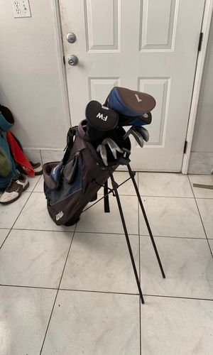 Golf Set - Wilson for Sale in Los Angeles, CA