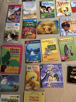 23 Kids Books for Sale in Lombard,  IL