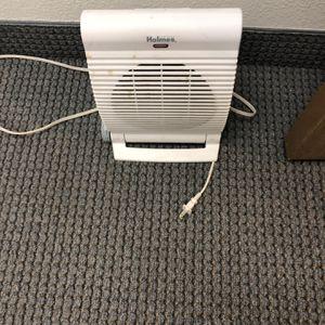 Small Heater FREE for Sale in Corona, CA