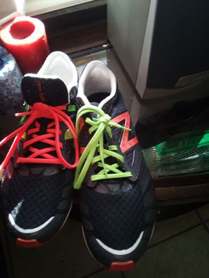 Nike size 11:women's shoes only worn twice for Sale in Winter Haven, FL