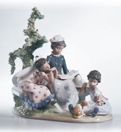 Lladro Family Roots Black Legacy Porcelain Figurine #5371 Mint for Sale in Fort Lauderdale,  FL