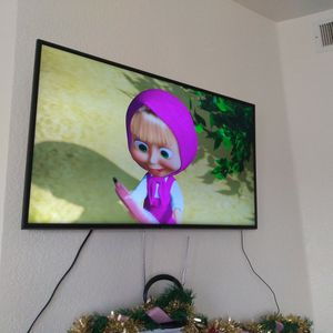 4K Samsung MOUNTED TV( No Legs) for Sale in Aurora, CO