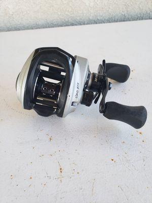 Abu Garcia Revo STX fishing reel (right hand only) for Sale in Stockton, CA