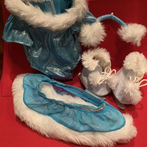 Build-a-Bear Toy Stuffed Animal Play clothes - Ice Skating Outfit including Ice Skates, Leotard, Skirt and Earmuffs for Sale in Chandler, AZ