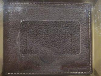 Michael Kors Genuine Leather Billfold Wallet for Sale in Clearwater,  FL