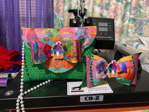 Trolls purse for Sale in Fort Worth, TX