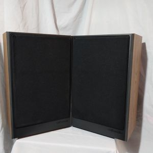 Polk Audio Bookshelf Speakers for Sale in Newport News, VA