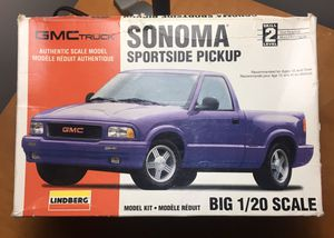 GMC Sonoma sportside pickup model kit for Sale in Downers Grove, IL