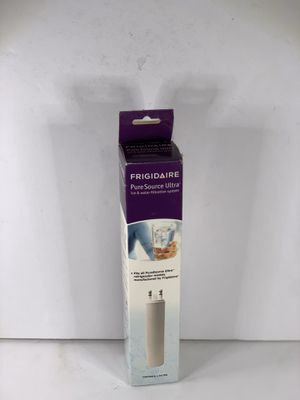 Frigidaire water filter like new for Sale in Bakersfield, CA