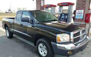 2005 Dodge Dakota v6 3.7liter for Sale in Matteson, IL