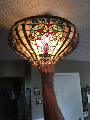 Dale Tiffany Antique Roadshow Collection TH60204 hanging light lamp for Sale in Dublin, OH