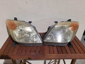 Front Headlights (L&R) -2004-2007 Scion XA for Sale in Oviedo, FL