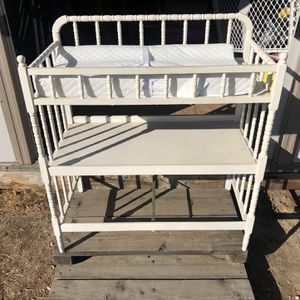 Changing Table With Mattress for Sale in Reedley, CA