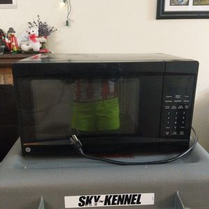 GE Microwave for Sale in Orting, WA