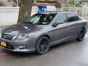 17 inches Honda Accord black color rims like new no scratches for Sale in Queens, NY