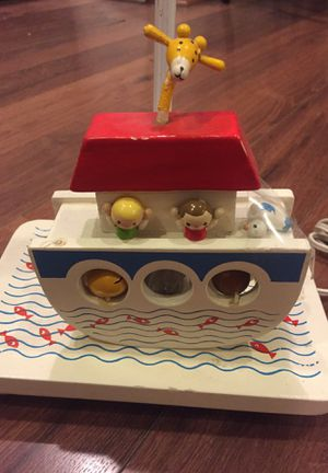 Vintage wood children's nursery lamp - Noah's ark for Sale in Buckeye, AZ