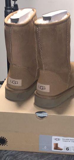 Women's Classic Short Chestnut UGG Boots for Sale in Atlanta,  GA