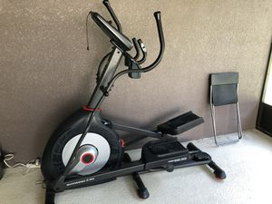 Schwinn 430 Elliptical for Sale in Lutz, FL
