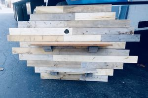 Wooden Wall Shelves for Sale in Brecksville, OH