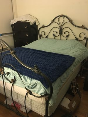 Queen Bed + Mattress for Sale in Brooklyn, NY