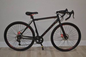 Kent Nazz Road Bike with Disc Brakes for Sale in Sacramento, CA
