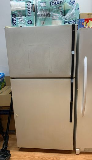 Fridge for Sale in Des Moines, WA