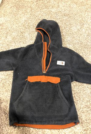 Small Sherpa Fleece North Face Jacket / Hoodie for Sale in Owings Mills, MD