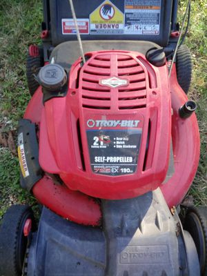 Self propelled lawn mower for Sale in Dallas, TX