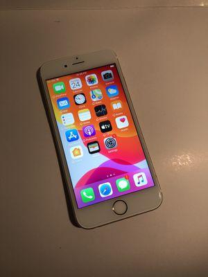 iPhone 6S 32 GB UNLOCKED for Sale in Glendale, AZ