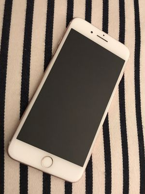 UNBLOCKED IPHONE 7 PLUS 128GB for Sale in Oxon Hill, MD