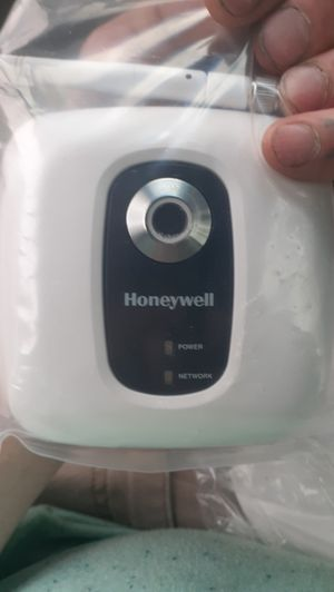 Honeywell wireless IP camera for Sale in Lillington, NC