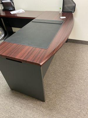 Wooden desk like new for Sale in Phoenix, AZ