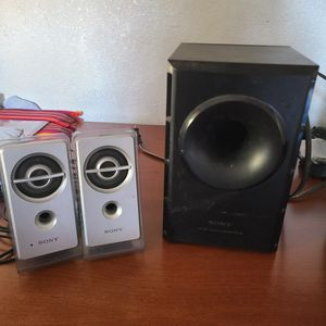 Sony Computer Speakers & Subwoofer for Sale in Compton, CA