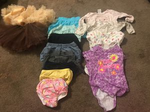 Baby girl clothes for Sale in Tucson, AZ