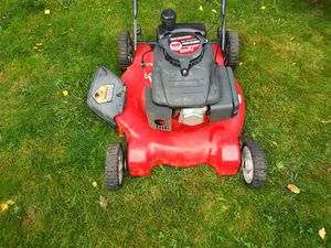 Good running lawn mower $60 for Sale in Tacoma, WA