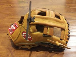 Rawlings Heart of the Hide baseball glove for Sale in Winfield, IN