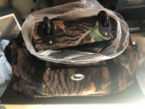 Camo Duffle Bags for Sale in Fresno, CA
