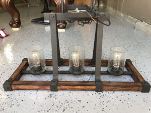 Gorgeous lighting fixture in excellent condition!! for Sale in Dublin, CA