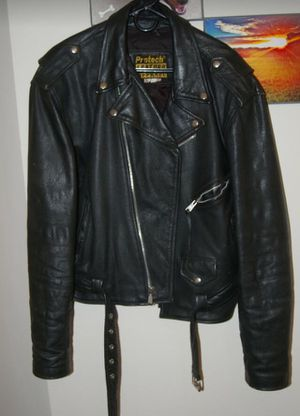 Protech leather motorcycle jacket. Size Large. for Sale in Grand Prairie, TX