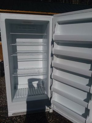Frigidaire Stand up freezer for Sale in Charlotte Court House, VA