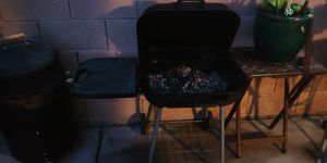 Charcoal BBQ Grill for Sale in Las Vegas, NV