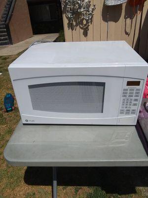 Microwave GE for Sale in Santa Ana, CA